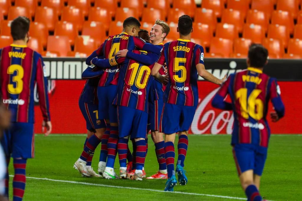 Le Barça souffre mais s'impose